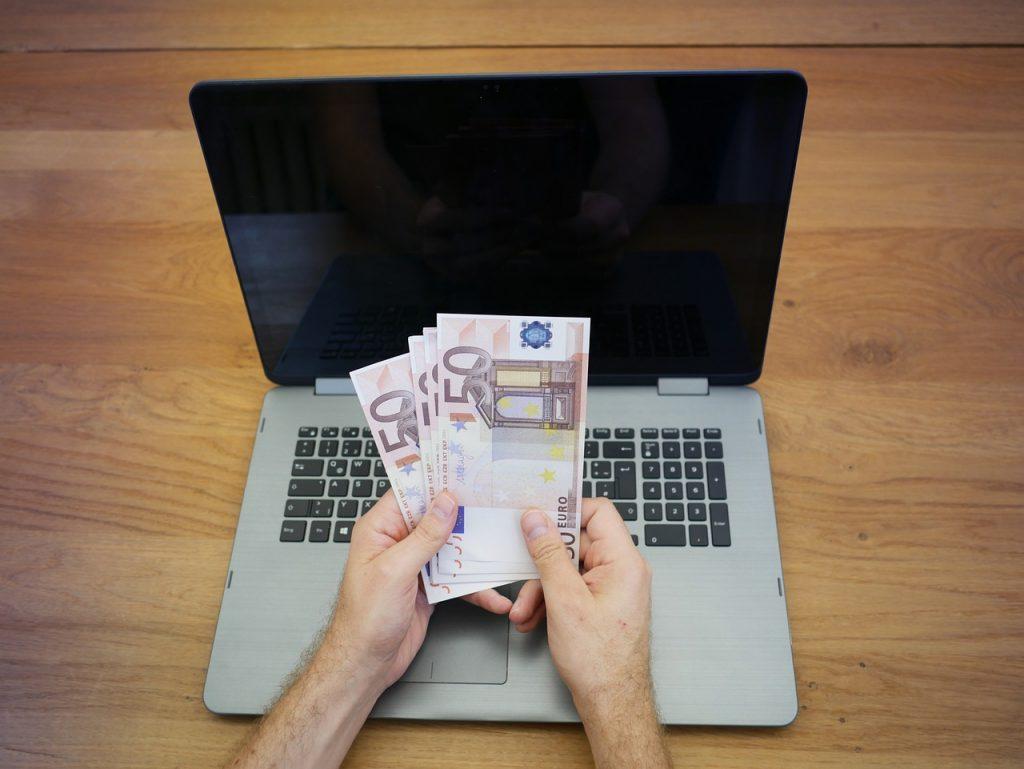 Online & UK Casino Slots