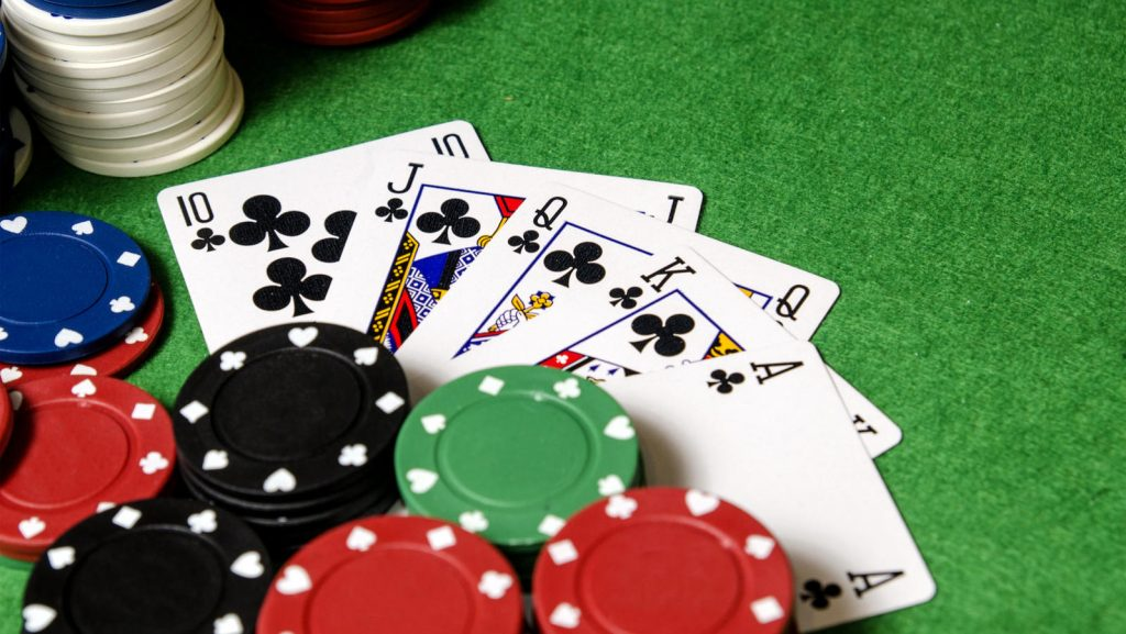 Tips For Winning Huge While Playing Online Casino Poker Gamings